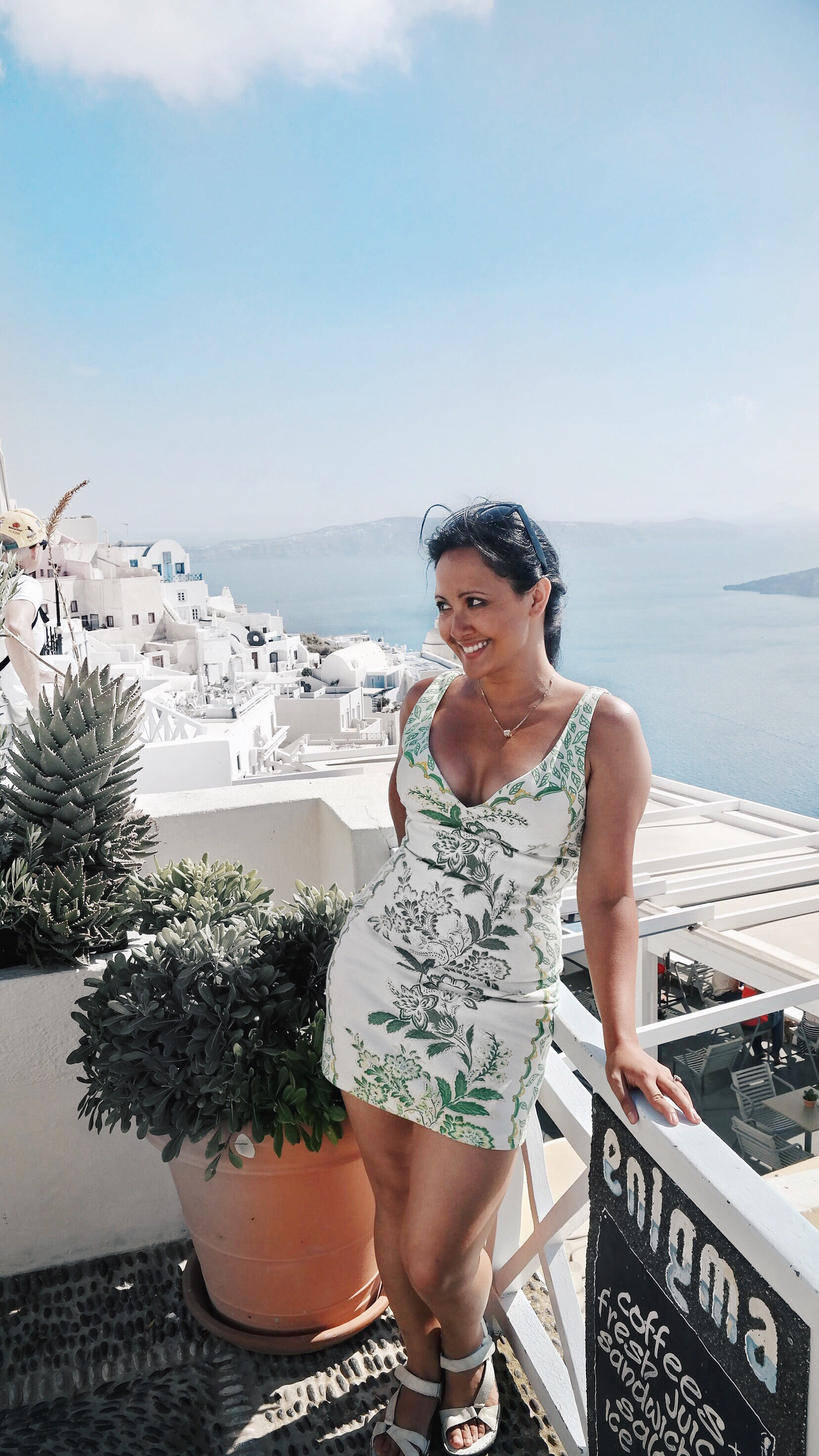 Marjolyn Lago Marj What To Wear In Santorini Fira Greece - Paris Chic Style Clip In Hair Extensions