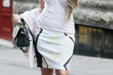 How To Wear Printed Pencil Skirt Everyday Fashion Paris Chic Style 8_resize