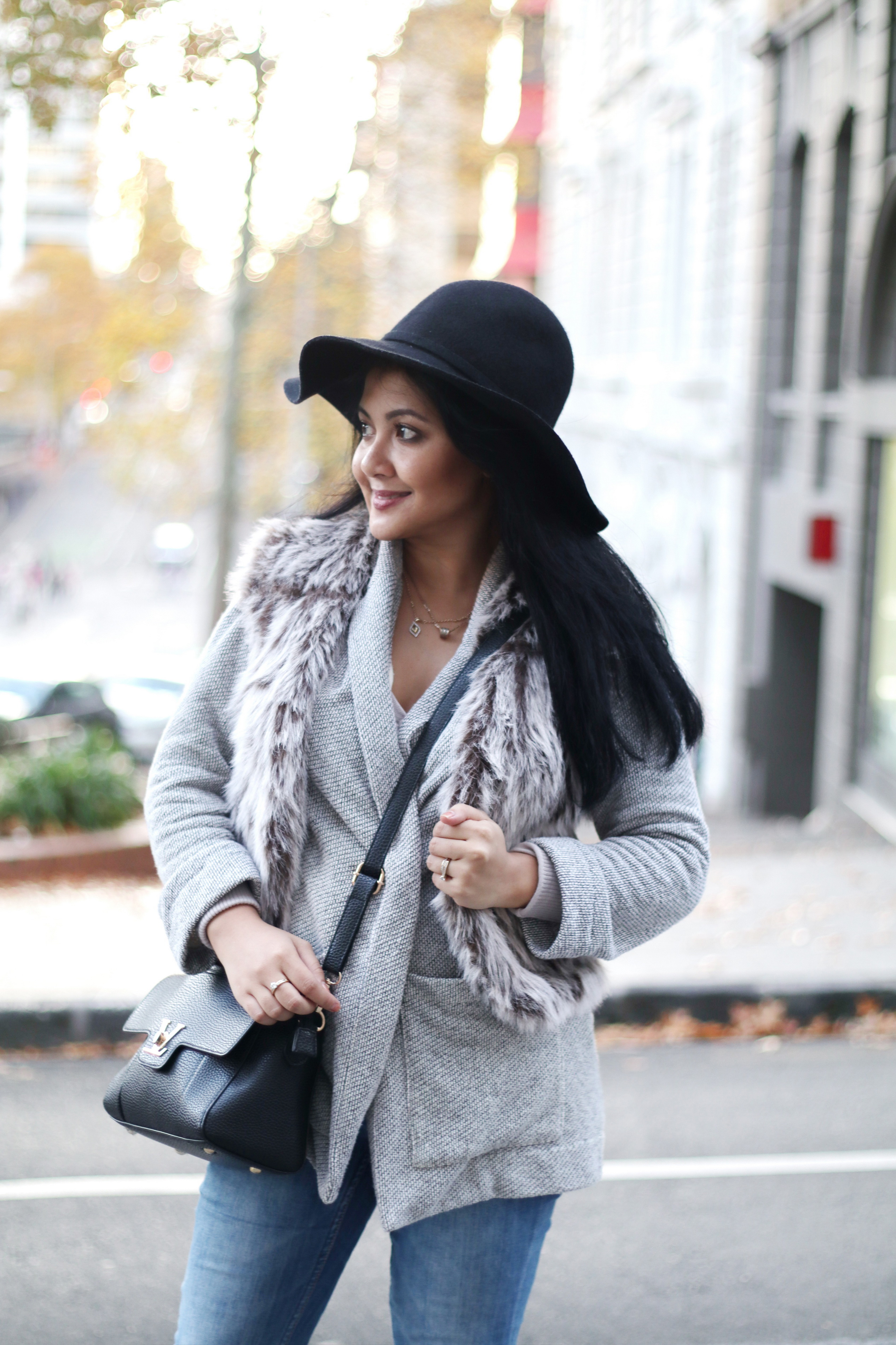Paris Chic Style How To Wear A Faux Fur Vest Parisian Chic Style Everyday Fashion Streetstyle 14_resize