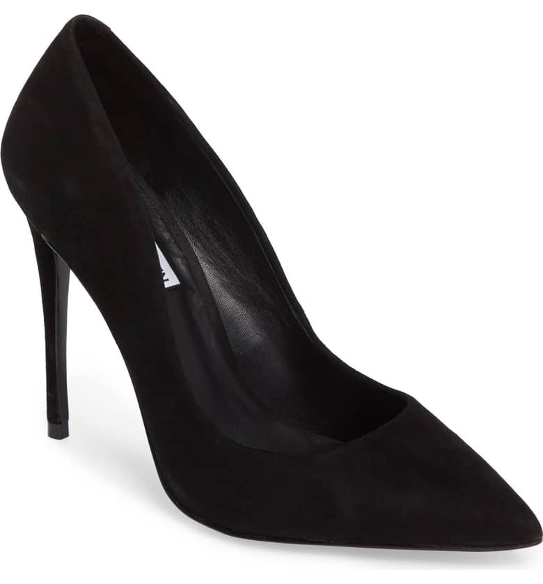 What Color Shoes To Wear With A Red Dress Black Shoes With A Red Dress Daisie Pointy-Toe Pump STEVE MADDEN Paris Chic Style 3