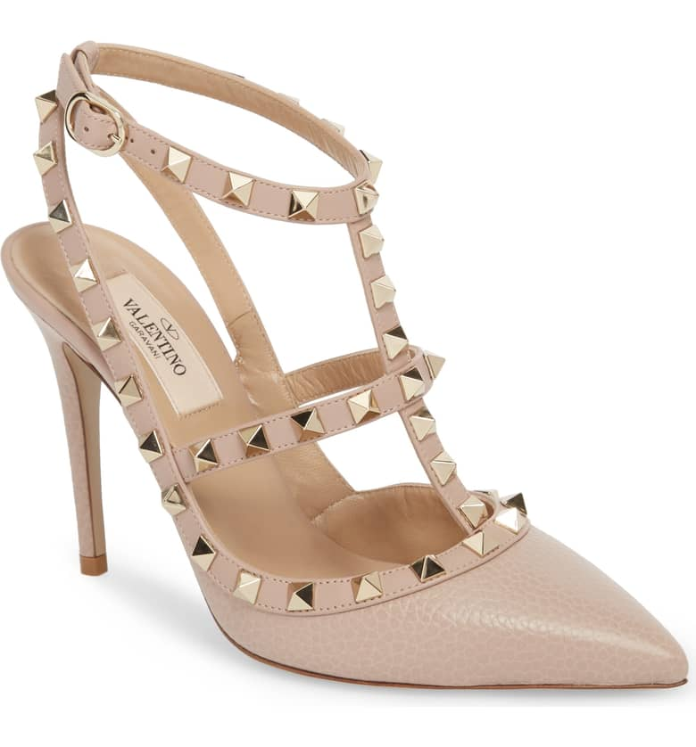 What Color Shoes To Wear With A Red Dress Nude Beige Blush Shoes Rockstud T-Strap Pump VALENTINO GARAVANI Paris Chic Style 2