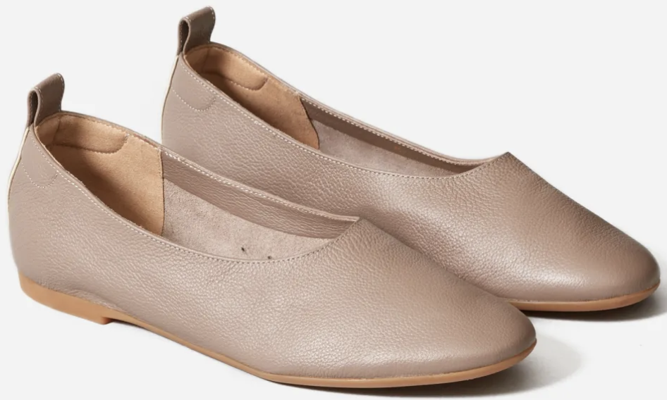Best Travel Shoes Most Comfortable Ballet Flats For Walking French Flats Parisian Ballet Flats Paris Chic Style Best Ballet Flats For Walking French Shoes Everlane