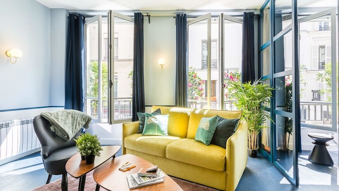 Affordable French Eclectic Luxury Airbnb Loft Apartment In Paris Louvre Museum For Rent Paris Chic Style